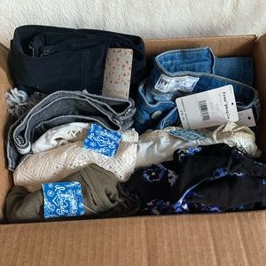 8pc.   NWTs free people mystery box